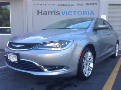 Pre-Owned 2015 Chrysler 200 Limited Dealership Demo Low Mileage Front Wheel Drive Car