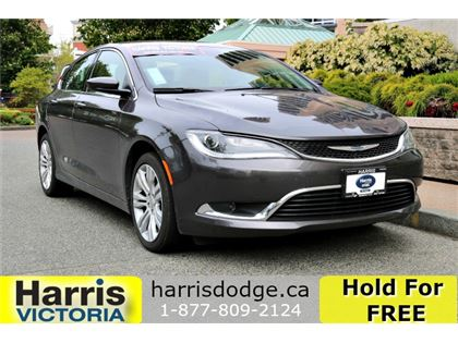 Pre-Owned 2016 Chrysler 200 Limited GPS Navigation!