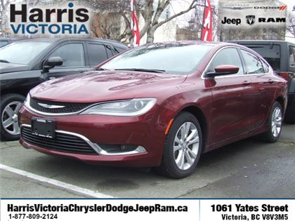 Pre-Owned 2016 Chrysler 200 Limited Front Wheel Drive Car