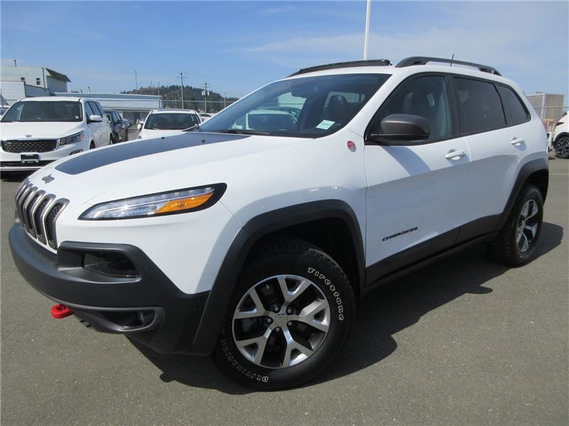 Pre-Owned 2018 Jeep Cherokee Trailhawk Leather Plus Navigation Push start