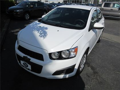 Pre-Owned 2013 Chevrolet Sonic LS Manual FWD Car