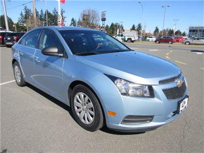 Pre-Owned 2011 Chevrolet Cruze LS Low Kilometers FWD Car