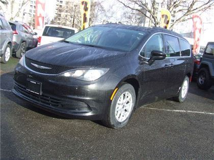 New 2017 Chrysler Pacifica LX FWD Sport Utility