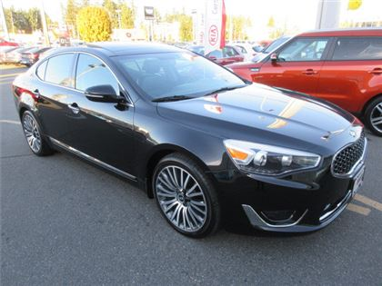 Certified Pre-Owned 2016 Kia Cadenza Premium Tech Pkg  Low Kilometers Navi