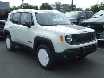 new 2017 jeep renegade trailhawk sport utility in victoria 7re3553 harris auto group. Black Bedroom Furniture Sets. Home Design Ideas