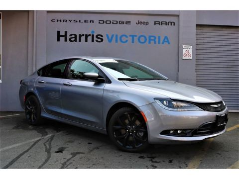 Pre-Owned 2016 Chrysler 200 S Alloy Edition,Low Kms,No Accidents! AWD